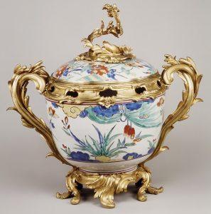 17th Century potpourri vessel
