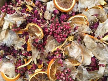 Potpourri with orange slices